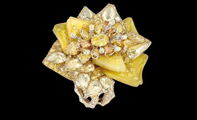 Dior-jewellery_ROS93004.jpg__1536x0_q75_crop-scale_subsampling-2_upscale-false