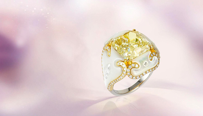 Boghossian-yellow-diamond