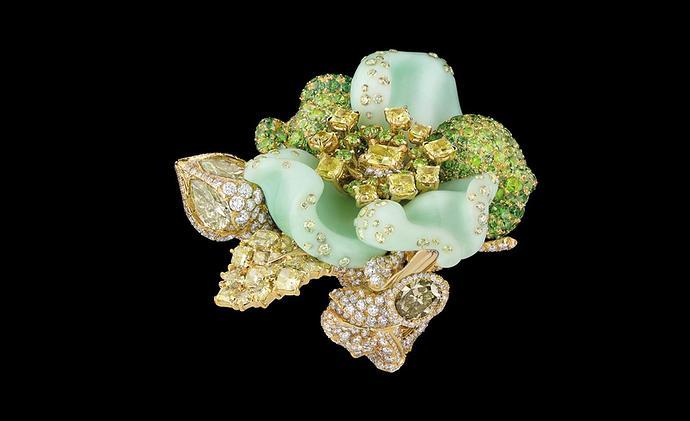 Dior-jewellery_ROS93005.jpg__1536x0_q75_crop-scale_subsampling-2_upscale-false